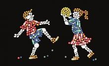 Pillole e bambini che giocano a palla